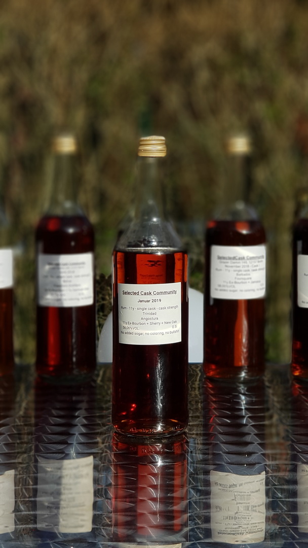 Selected Cask Community - Januar 2019Rum 11y - single cask - TrinidadAngostura11y Ex-Bourbon + Sherry + New Oak56,06%VOL.
